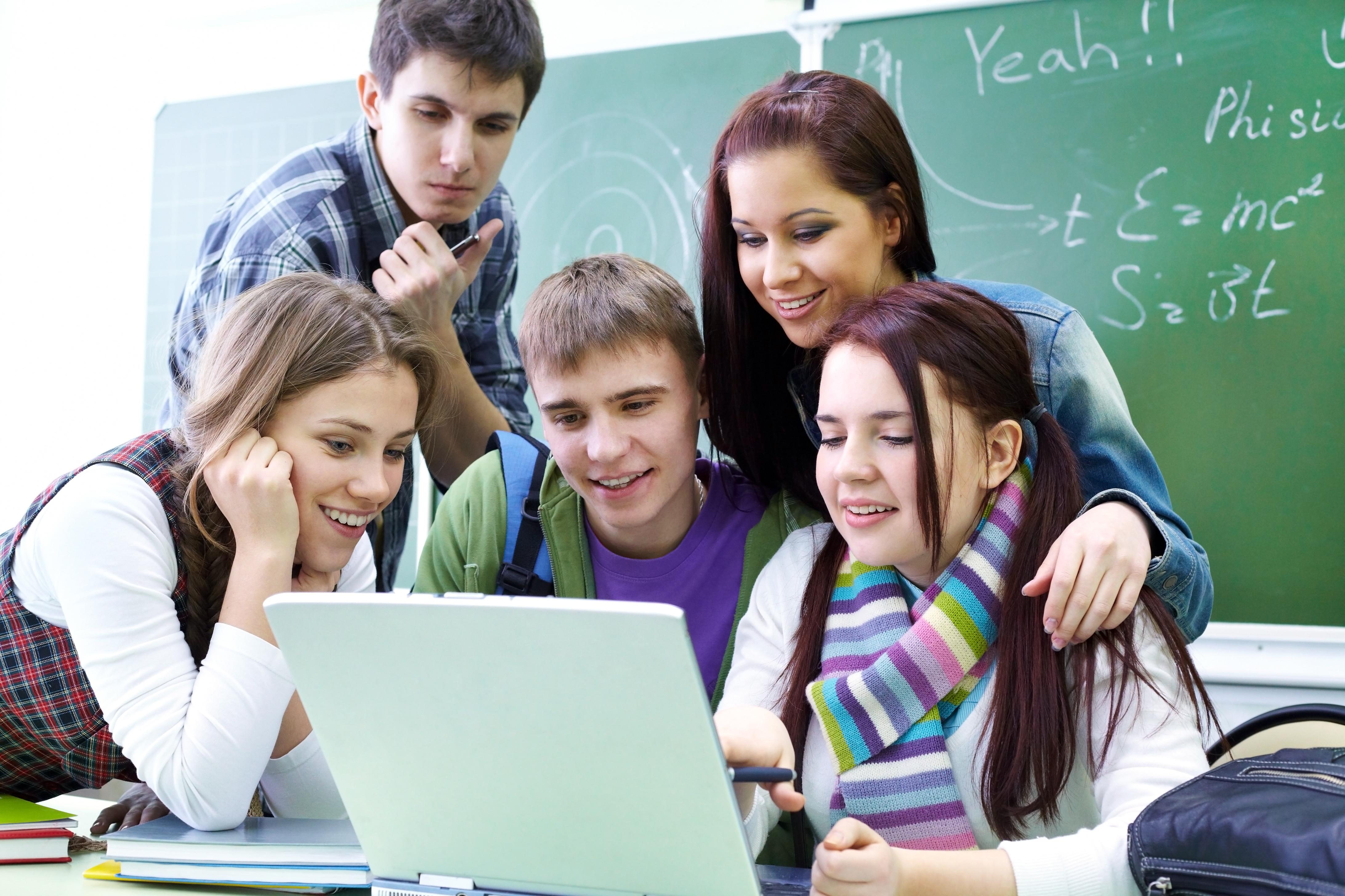 Poor kids use internet poorly
