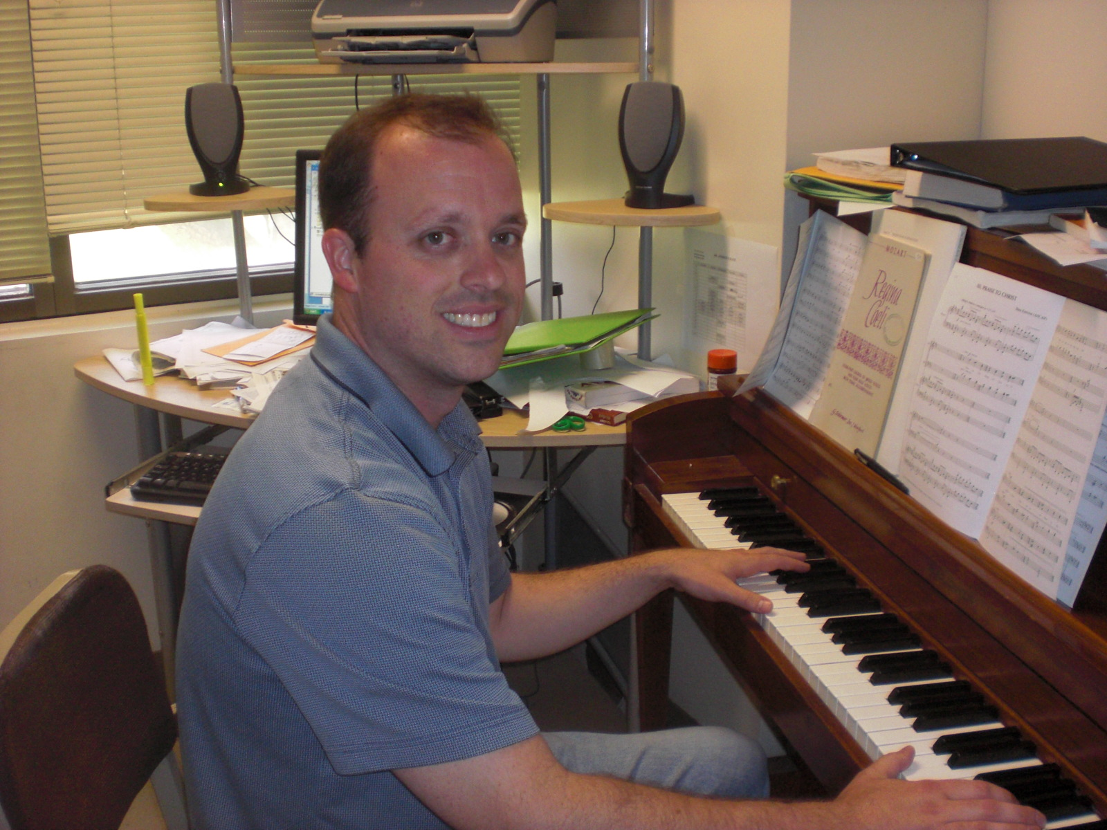 Music department loses choral activities director