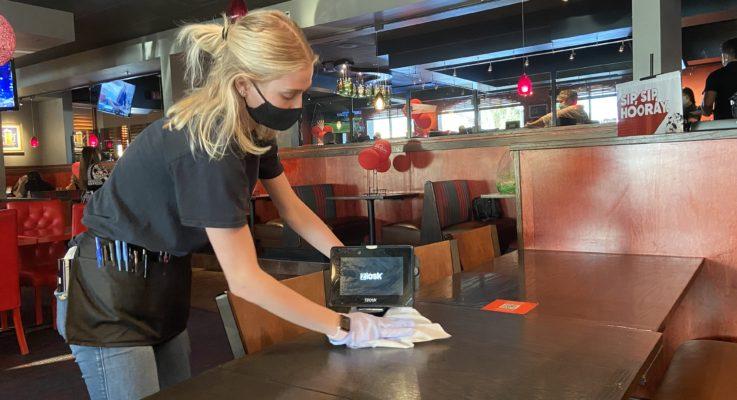 Restaurants and bars in Coachella Valley adjust to COVID-19 protocols